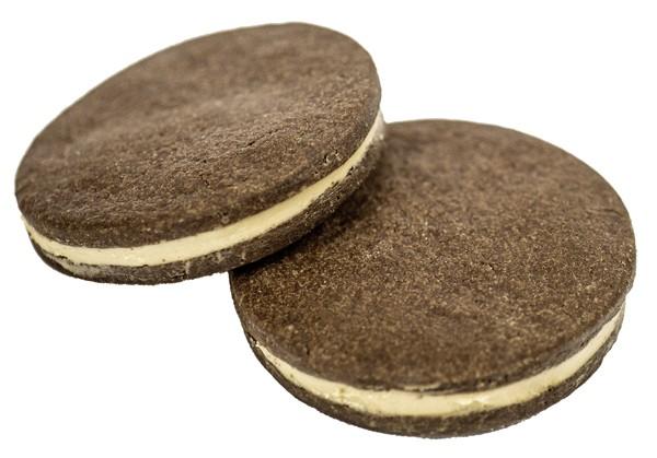 Biscottini cacao con cremino alla nocciola