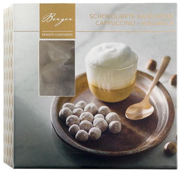 Haselnüsse in Kaffee und Vollmilchschokolade