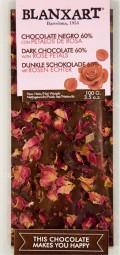 Chocolate negro con petalos de rosa